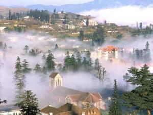 Cảnh đẹp sapa trong sương mờ