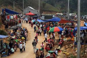 Phiên chợ Sapa