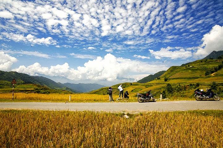 Bạn có thể tự do nghỉ ngơi, ngắm cảnh, chụp ảnh khi phượt Sapa bằng xe máy
