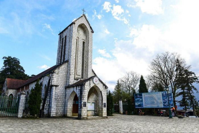 Kết quả hình ảnh cho nhà thờ đá sapa