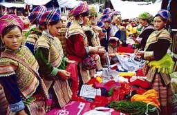 Chợ phiên Sapa Lào Cai