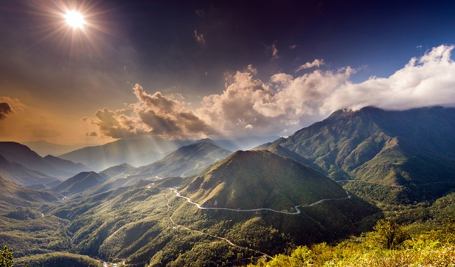 Đèo Ô Qui Hồ - con đường xuyên không đẹp nhất Việt Nam